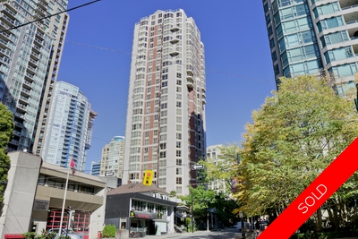 Downtown / Yaletown Apartment for sale: Jardine's Lookout 2 Bed+Den 1,184 sq.ft. (Listed 2015-10-04)